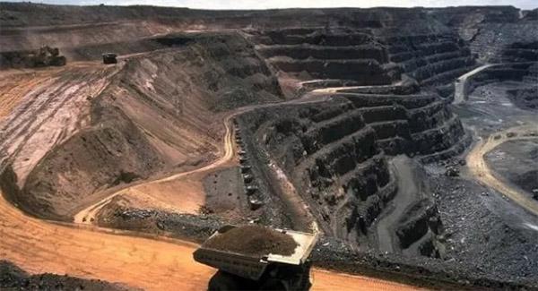 انجام ۱۰۰ هزار کیلومتر مربع اکتشافات معدنی تا پایان سال