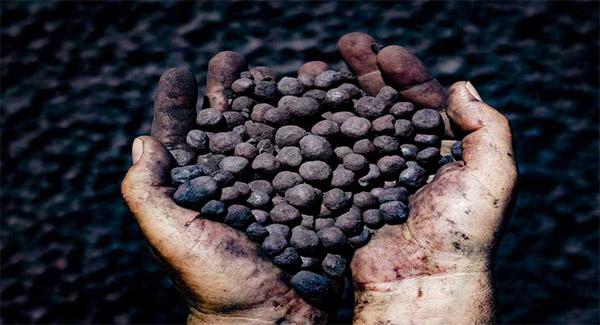 کاهش ۷۱ درصدی صادرات آهن اسفنجی نگران کننده است