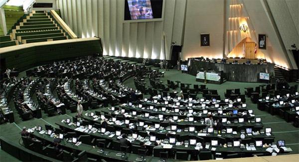 اشکال مجلس به طرح دولت برای تنظیم بازار فولاد؛ امضای طلایی، توزیع رانت و کاهش ارزآوری از صادرات