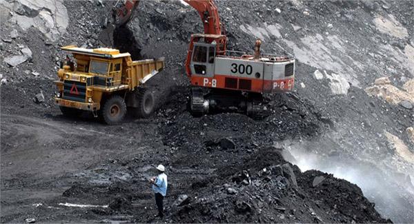 دولت در بخش صادرات مواد معدنی صرفا خام فروشی کرد