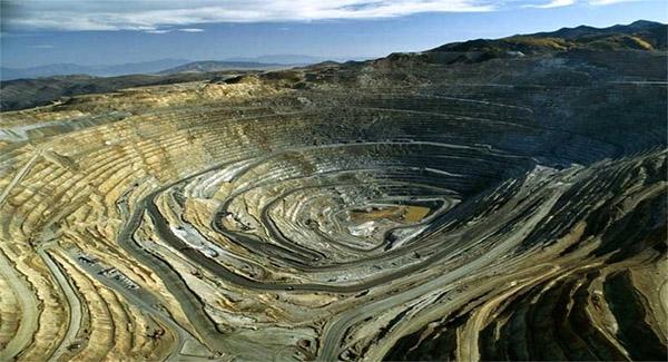 سالانه بیش ۲۱ میلیون تُن انواع مواد معدنی در خوی فرآوری می شود