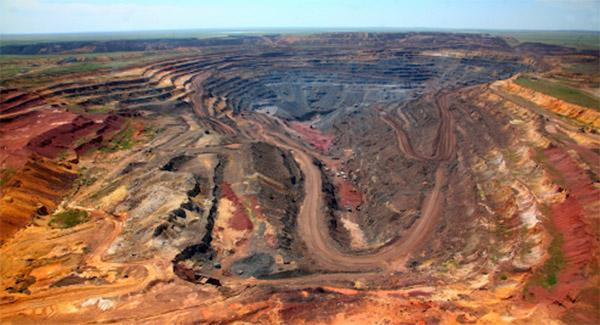 معدن مس عنبرآباد با ۲۱ میلیون تُن ذخیره وارد فاز اجرایی شد