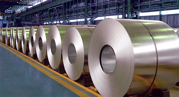 مالیات بر صادرات فولاد، مانع شکوفایی و جهش این بخش است