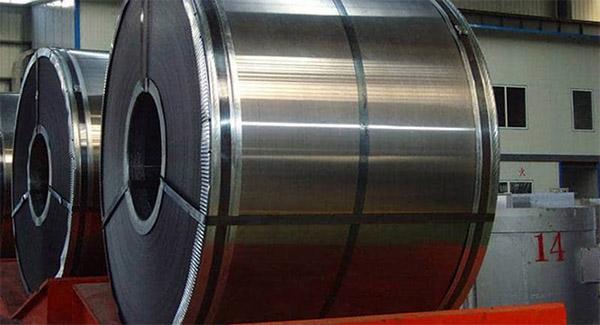 دو طرح برای بازار کاهشی فولاد