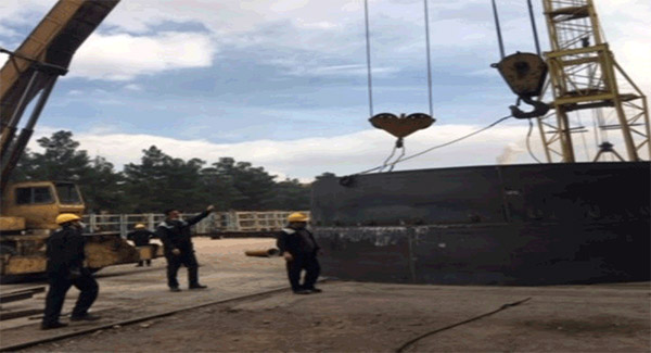 عملیات مونتاژ دودکش جدید کائوپهای کوره بلند شماره دو آغاز شد