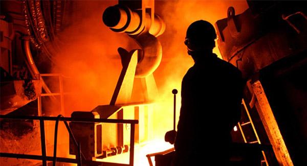 کاهش واردات ماهانه فولاد به چین