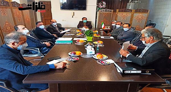 تاکید مسئولان شهرستان لنجان و مدیر یت فولادمبارکه بر تعامل هر چه بیشتر