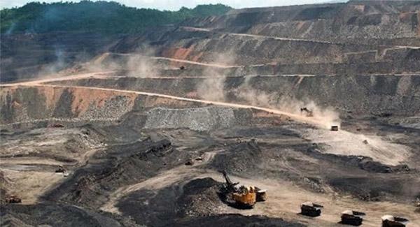 احتمال سقوط قیمت سنگ آهن به ۹۰ دلار