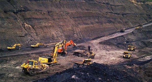 عزای عمومی با خروج فولادیها از بورس