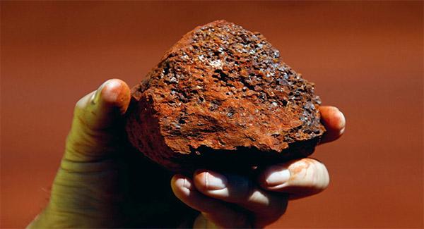 سنگ آهن ۱۵۰ دلار شد